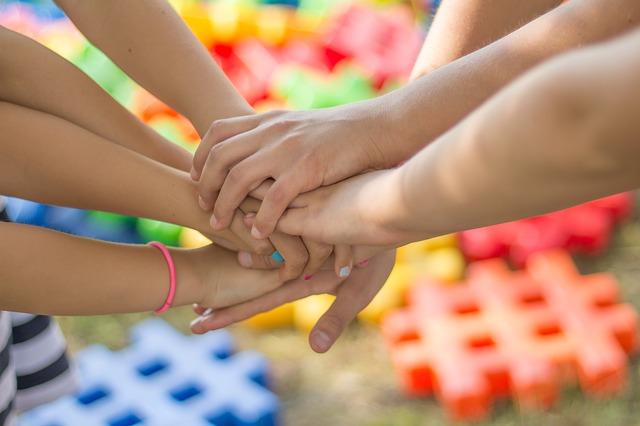 detské ruky.jpg