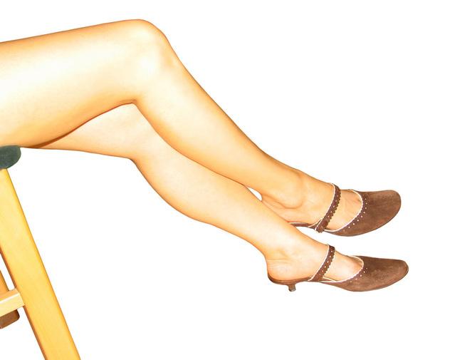 ženské nohy.jpg