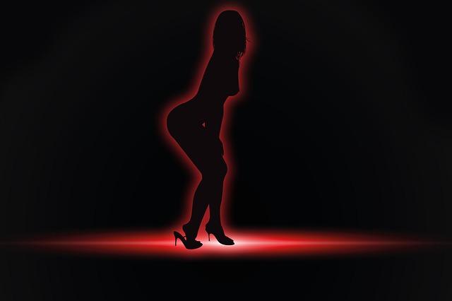 Striptérka, silueta